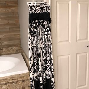 Beautiful Strapless maxi with pockets